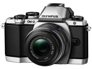 OM-D E M10 Olympus