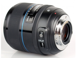 85mm f/1.4 Samsung