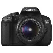 EOS 650D + 18-200mm Lens