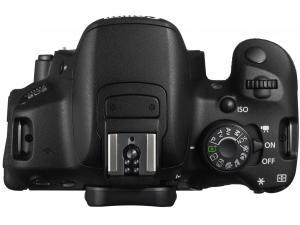 EOS 700D Canon